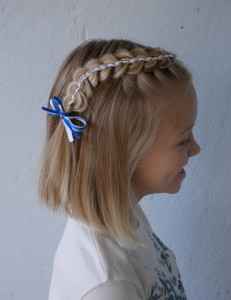 blue and white ribbon braid, short hair