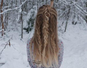 Dutch braid and 3-strand braids